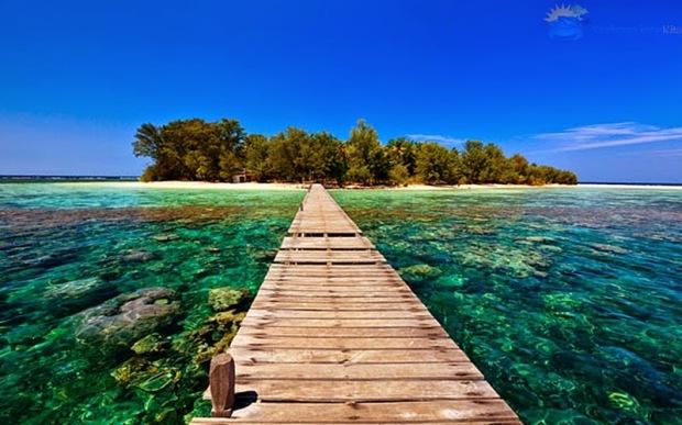 pulau-kecil-karimunjawa